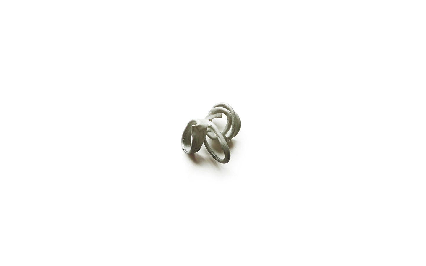 Rebellious Spring Ring 3 – ring – 2015 – iron ; aluminium – 60X55X30mm Photo Dana Seachuga